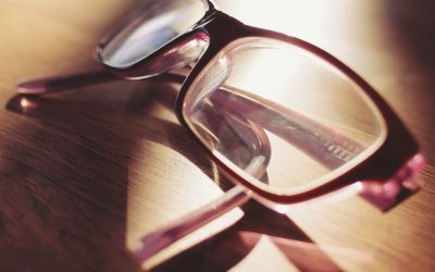Musí zamestnávateľ preplatiť zamestnancom okuliare?